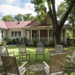 Old Village Home, Mount Pleasant, SC: Garden & Art Tour