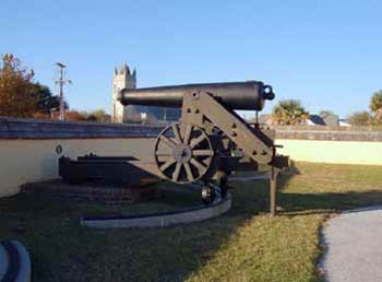 A cannon at Fort Moultrie
