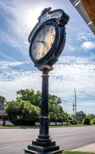 Clock at  Page's Thieves Market