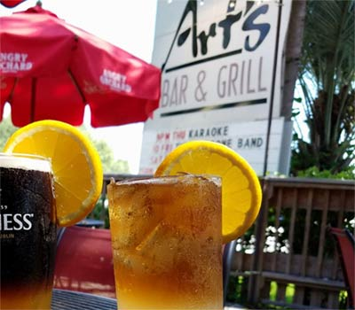 Art's Bar & Grill in Mount Pleasant, SC