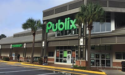 Publix in Queensborough Shopping Center in Mount Pleasant, SC