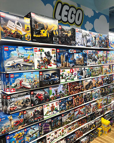 LEGO sets at Belle Hall's Wonder Works